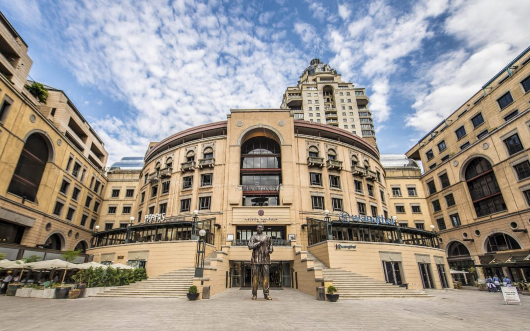 Nelson Mandela Square / Sandton City Mall