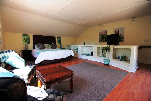 big-morning-hill-unit-guest-house-Bedroom-5