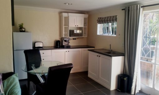 big-morning-hill-unit-guest-house-Kitchen
