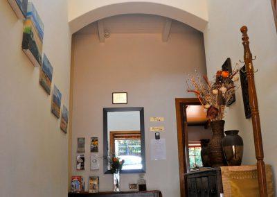 house-on-york-House-Entrance